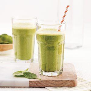 Smoothie vert mangue-épinards