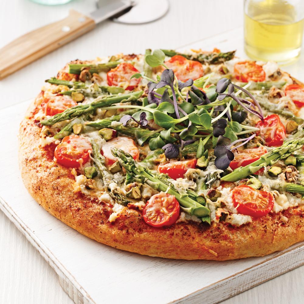 Pizza asperges, ricotta et pistaches