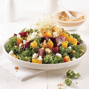 Salade de chou kale aux noix et betteraves