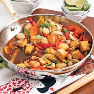 Sauté de tofu aux légumes et noix de cajou