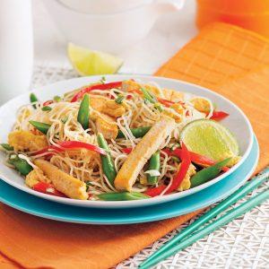 Vermicelles au tofu et légumes à la thaï