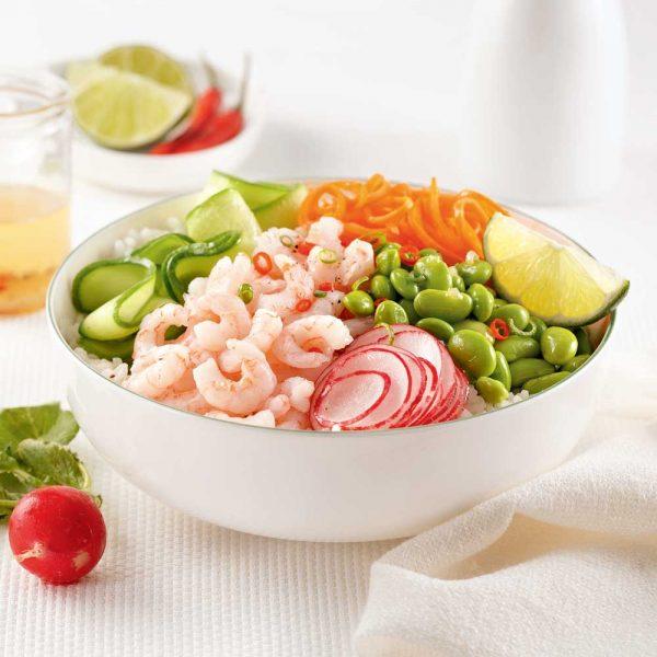 Poke bowl aux crevettes nordiques