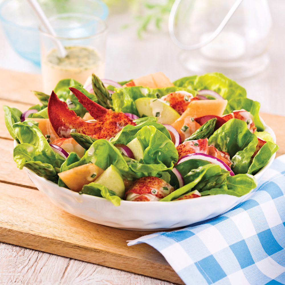 Salade de homard, cantaloup et pommes acidulées