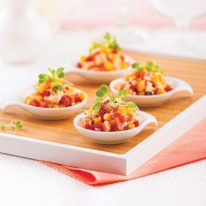 Salade de crabe et mangue en cuillères