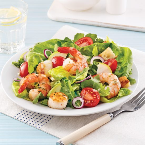 Salade de fruits de mer et pommes