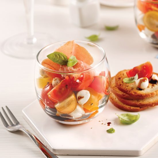 Verrines de tomates, bocconcinis et caramel de vinaigre balsamique