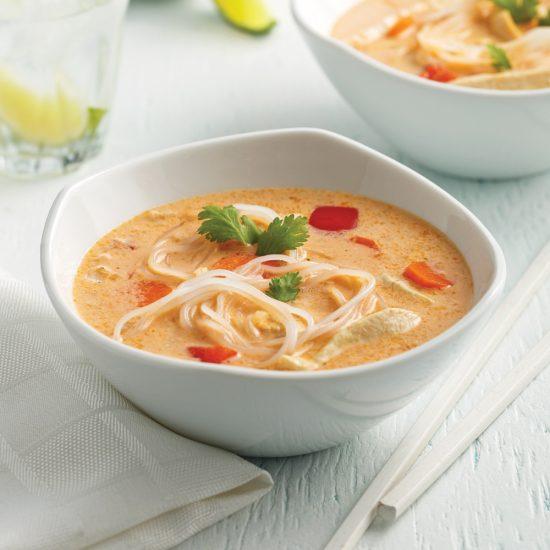 Soupe thaïe au poulet à la mijoteuse