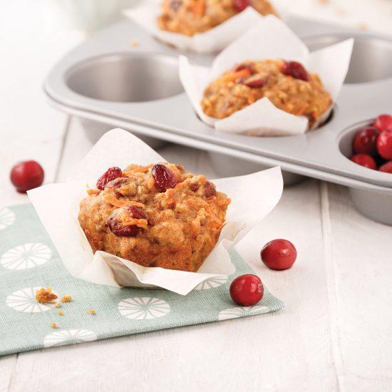 Muffins aux dattes, canneberges et carottes