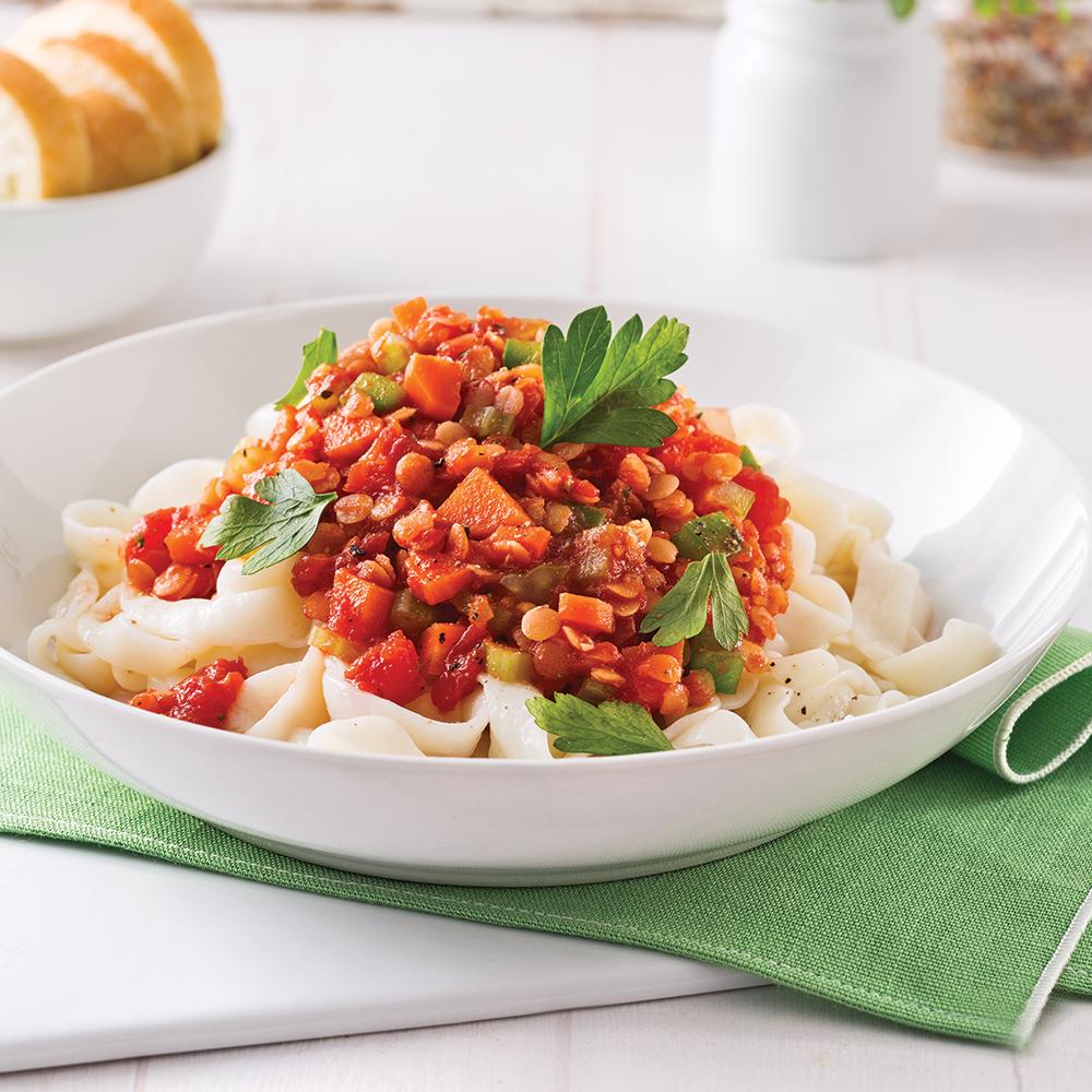 Fettucines de tofu, sauce bolognaise végétarienne aux lentilles