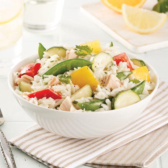 Salade de riz aux légumes et thon