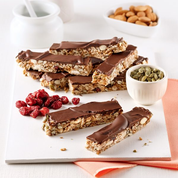 Barres tendres aux fruits, noix et chocolat