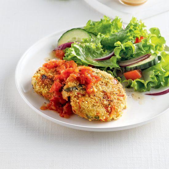 Galettes de légumes et couscous, compotée de tomates