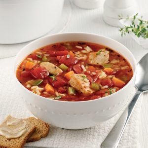 Soupe au poulet, riz et tomates