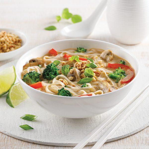 Soupe-repas asiatique aux arachides