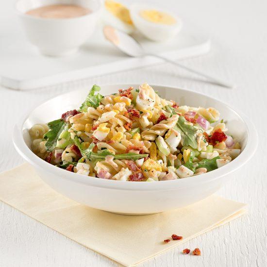 Salade de pâtes style oeufs farcis