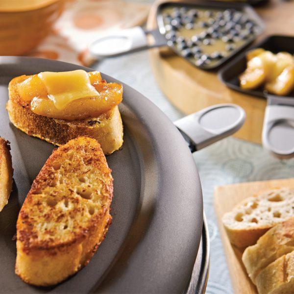 Raclette déjeuner au pain doré