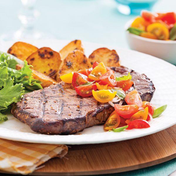 Biftecks au concassé de tomates et basilic