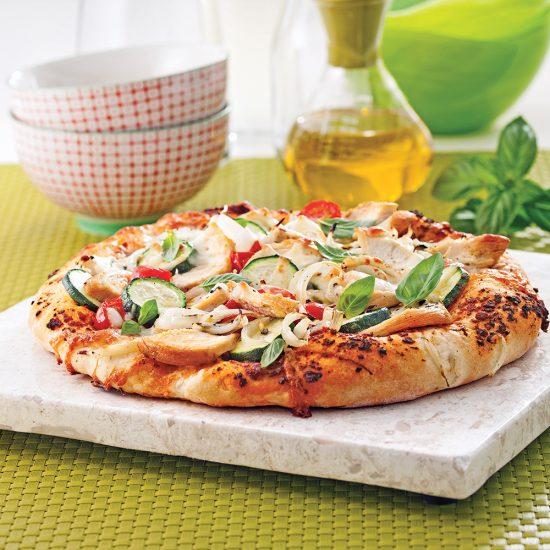 Préparer une pâte à pizza en 6 étapes