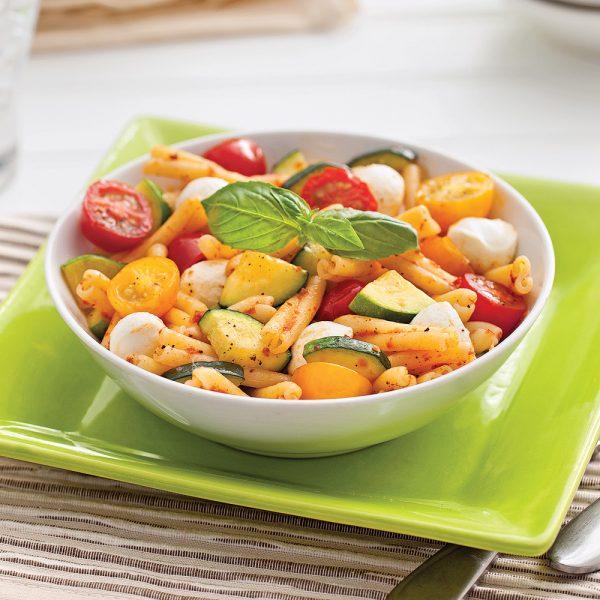 Pâtes aux courgettes, tomates et bocconcinis