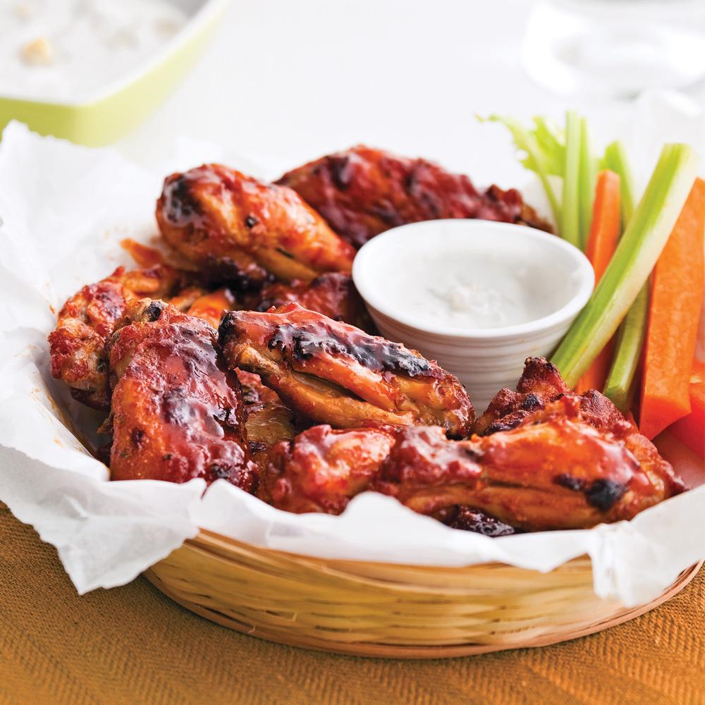 Ailes et pilons de poulet, sauce barbecue à l'érable