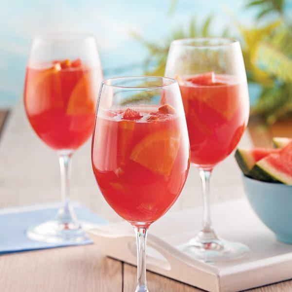 Sangria rosée au melon d'eau
