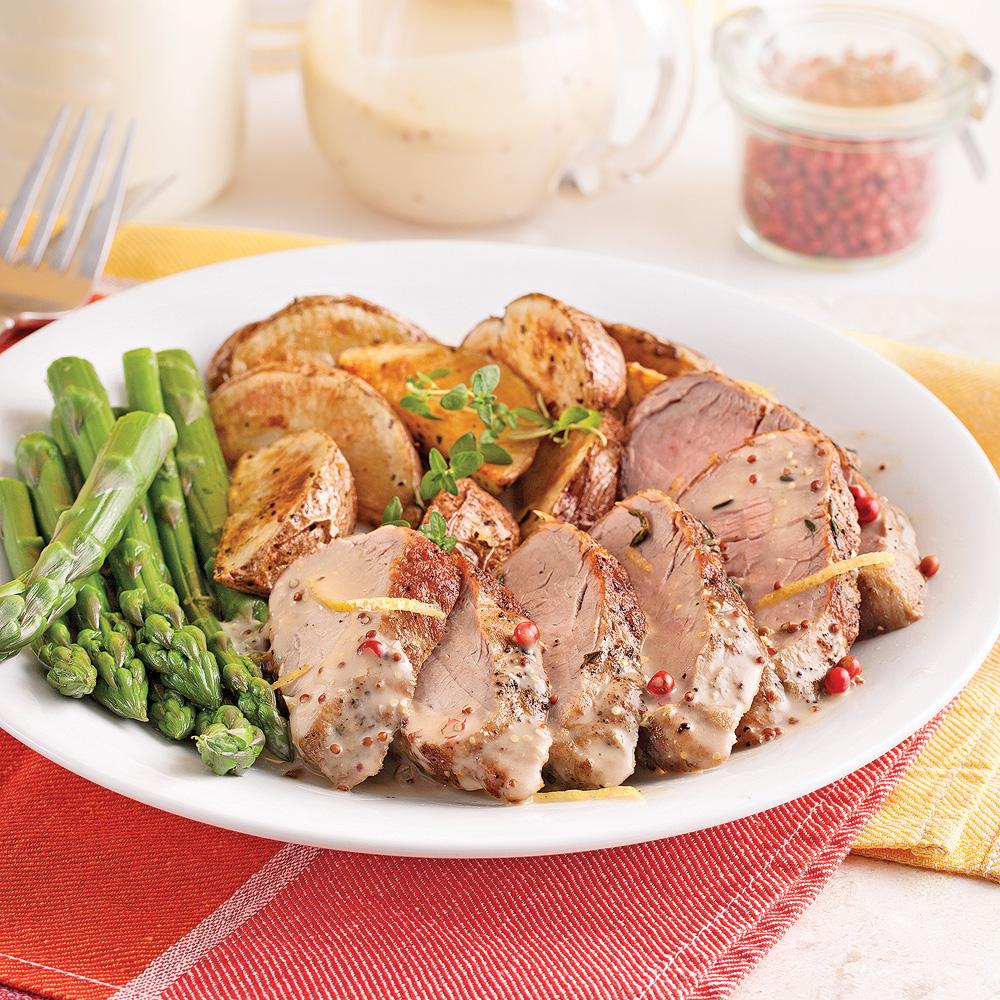 Filets de porc, sauce moutarde et poivre rose