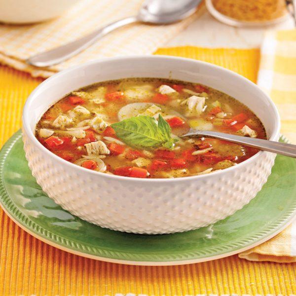 Soupe-repas au poulet à l'italienne