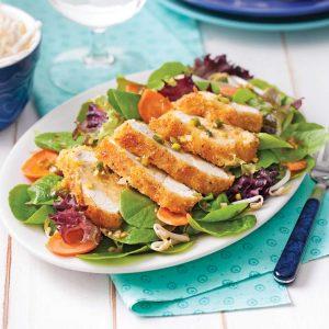 Salade de poulet coco-panko