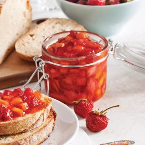 Confiture de fraises et mangue à congeler