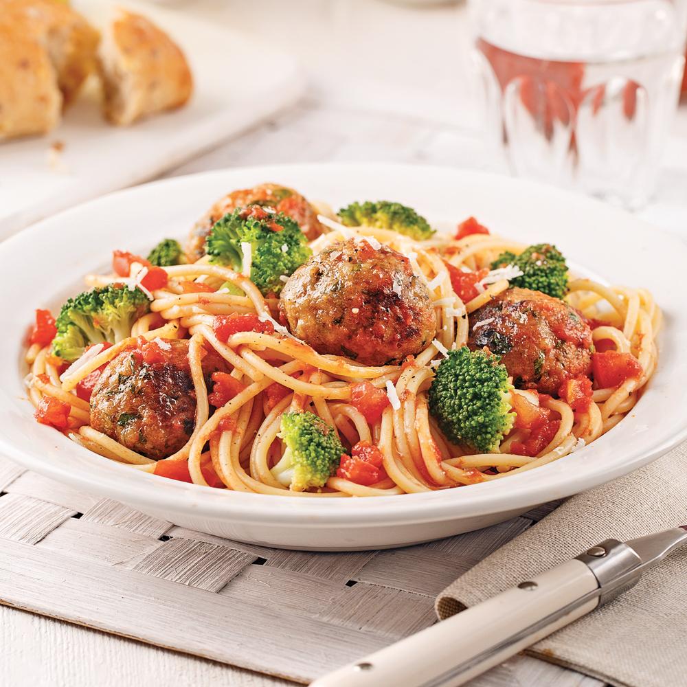 Spaghettis aux boulettes de dindon et brocoli