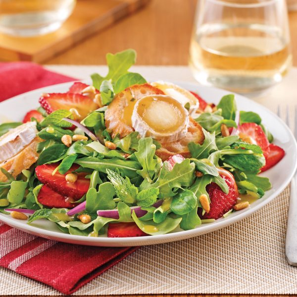Salade de chèvre chaud et fraises