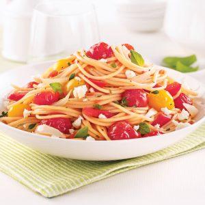 Spaghettis aux tomates cerises et poivrons rouges