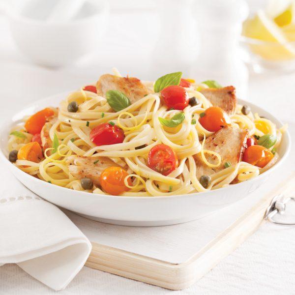 Linguines au poulet, citron et tomates confites