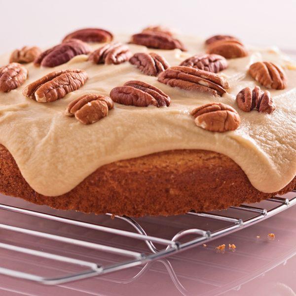 Gâteau blanc et son glaçage «sucre à la crème»