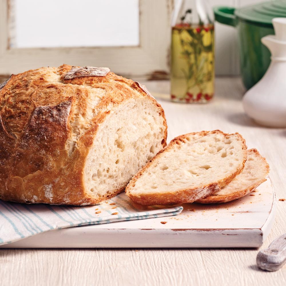 Miche de pain dans une cocotte