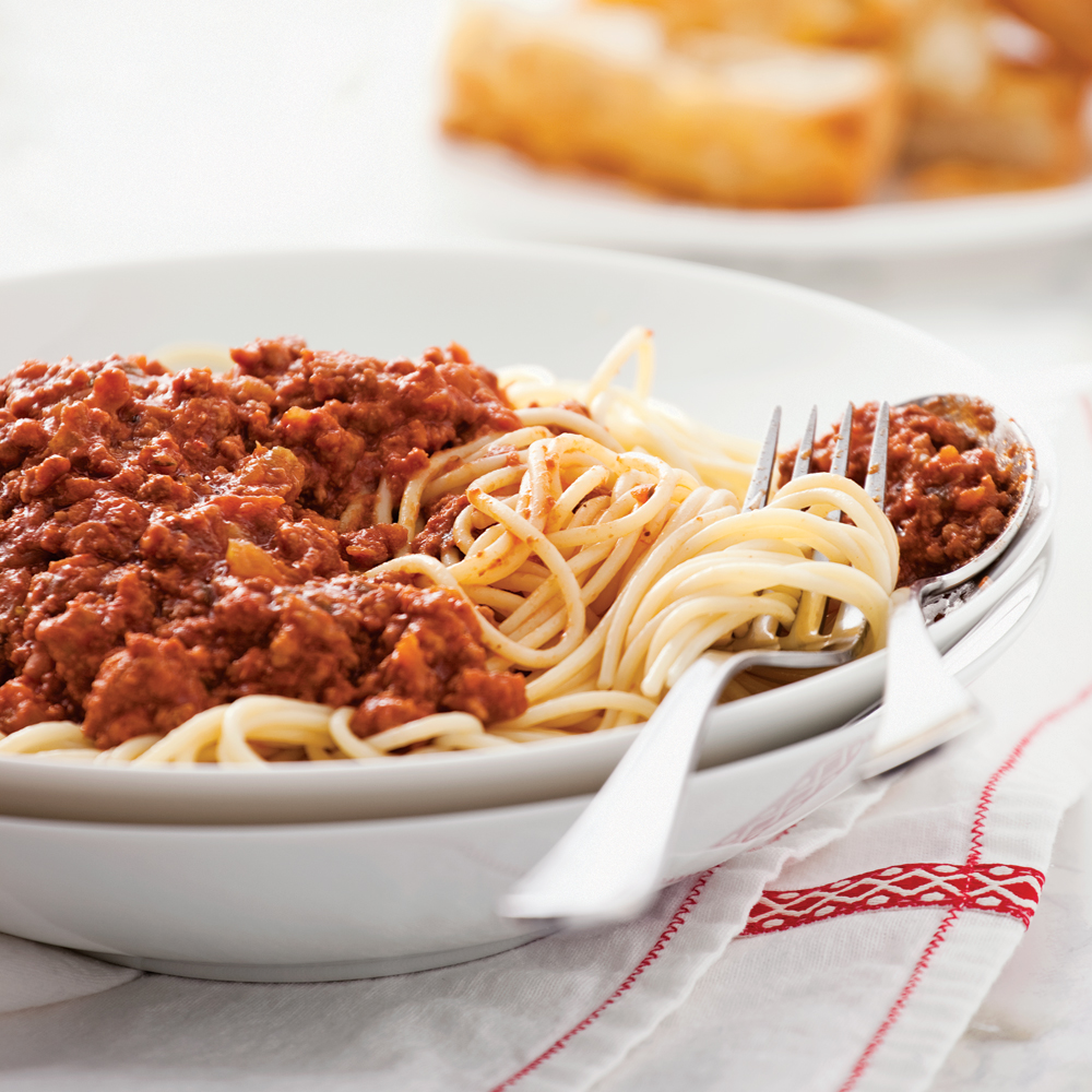 Spaghettis, sauce bolognaise della mamma à la mijoteuse