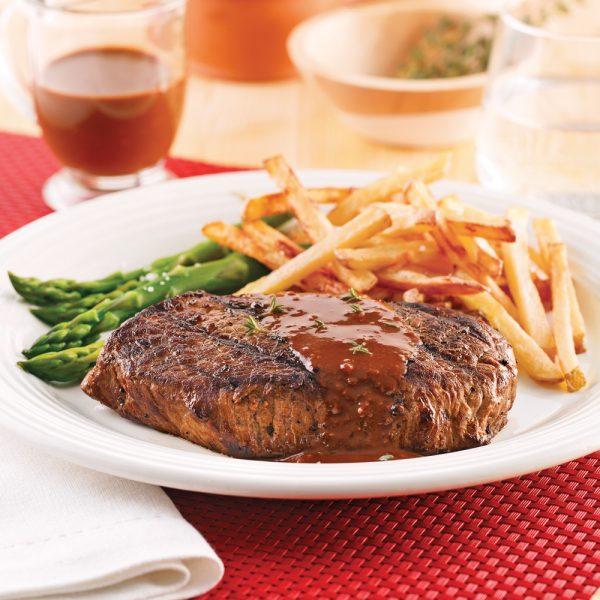 Steaks de bison et frites au four