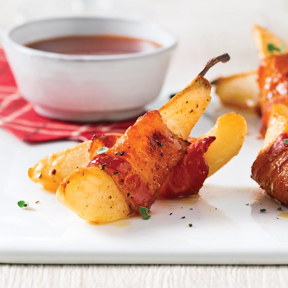 Poires caramélisées enrobées de bacon