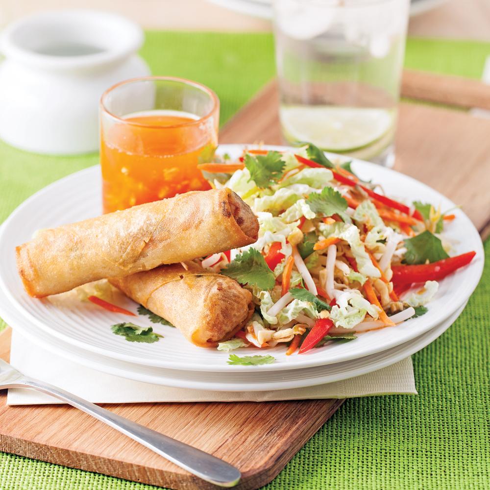 Rouleaux frits au porc et salade thaï