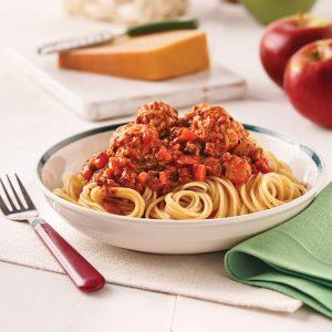 Sauce à spaghetti aux boulettes de porc et aux pommes