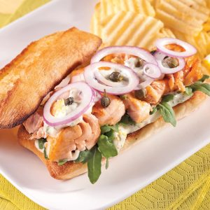 Sandwichs au saumon et roquette