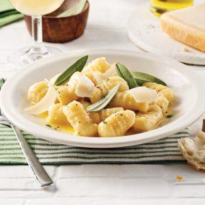 Gnocchis, sauce au beurre et à la sauge