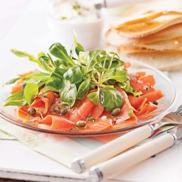Salade de saumon fumé et mâche