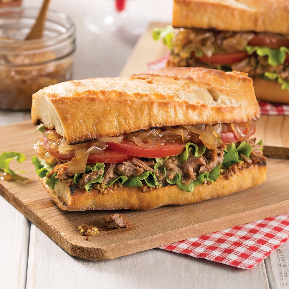 Sandwich aux rillettes de canard et confit d'oignons