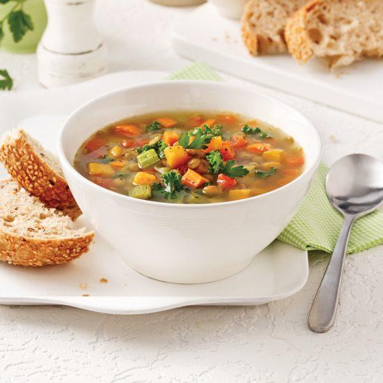 Soupe-repas aux légumes et lentilles