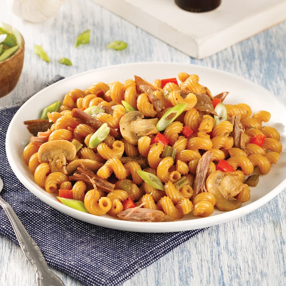 Macaroni chinois au canard effiloché façon one pot pasta