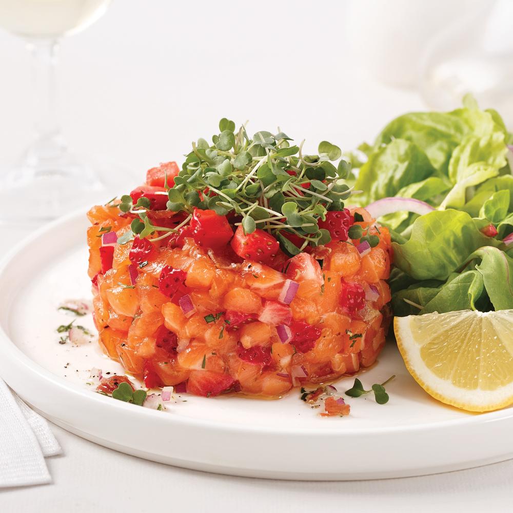 Tartare aux deux saumons et fraises