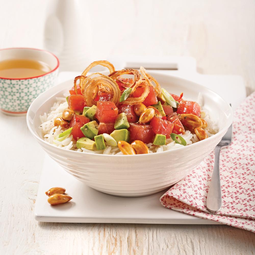 Poke bowl au thon et échalotes frites