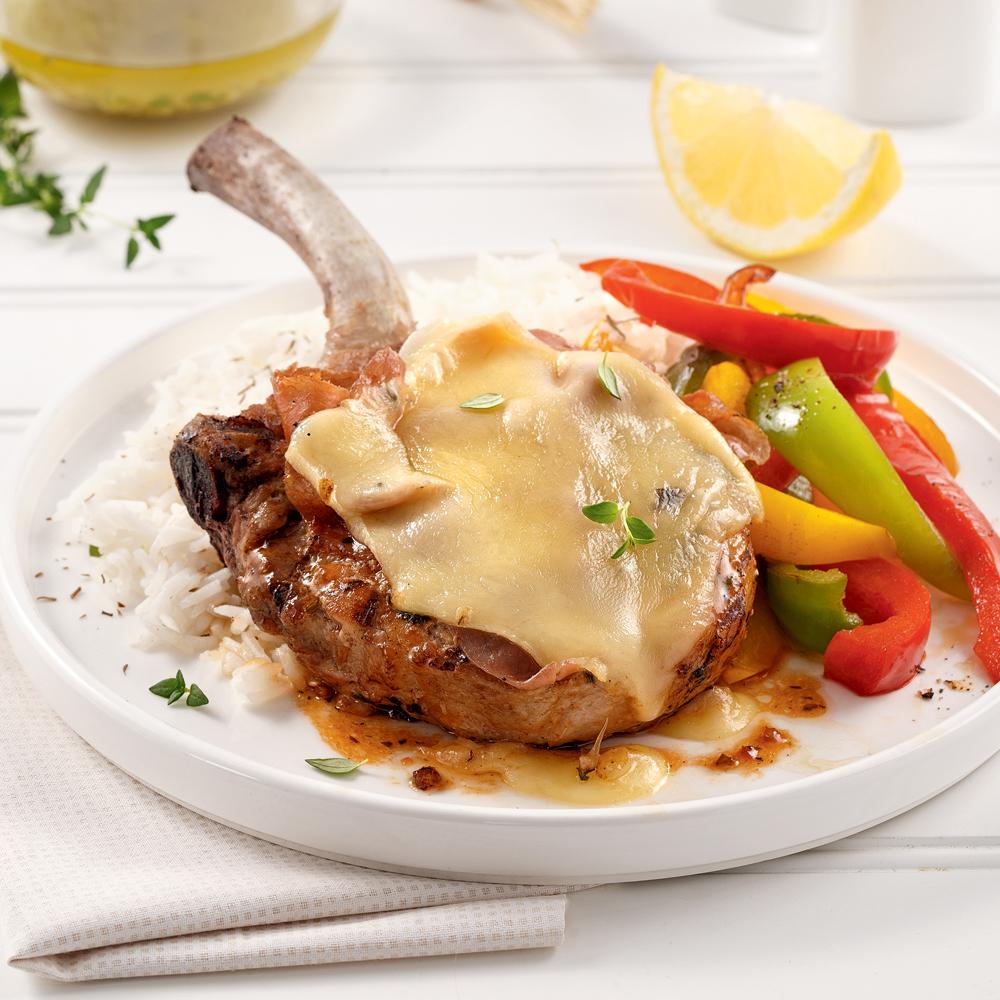 Côtelettes de porc au prosciutto et fromage à raclette