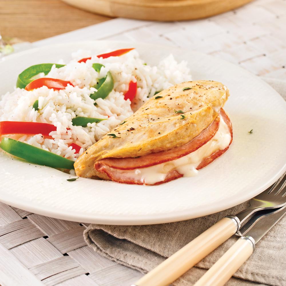 Poulet cordon bleu et riz aux légumes en papillote